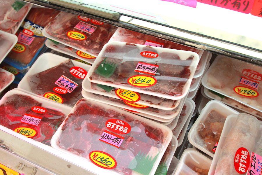 肉のささきの冷蔵庫内