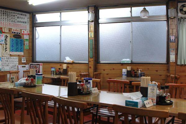 急行食堂の店内画像1