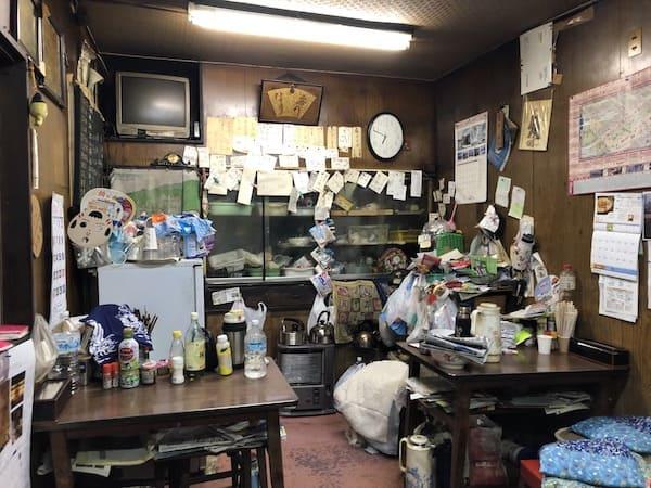 三好食堂の店内画像