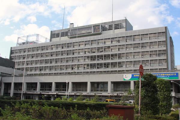 仙台市役所の外観