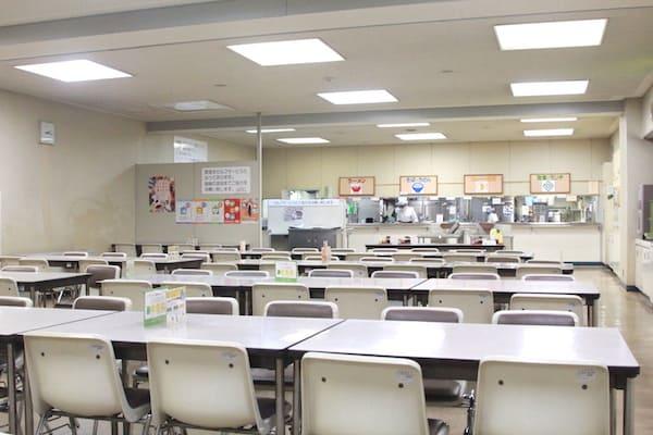 仙台市役所の食堂の全体画像