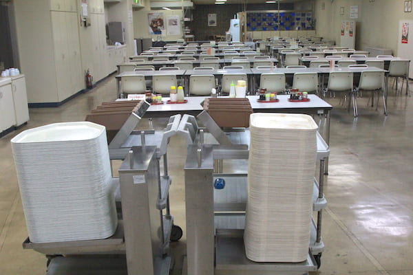 仙台市役所の食堂のお盆