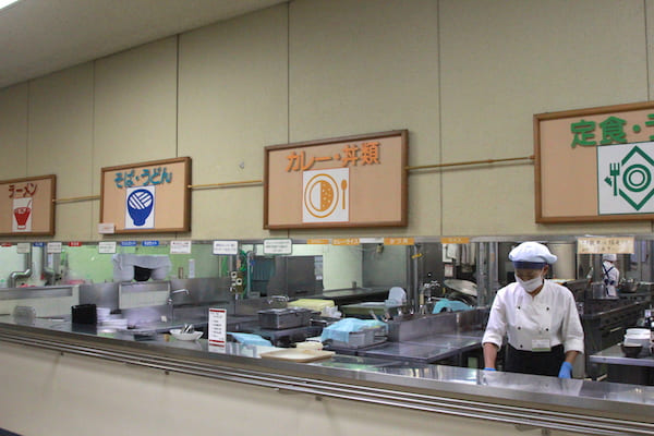 仙台市役所の食堂の窓口