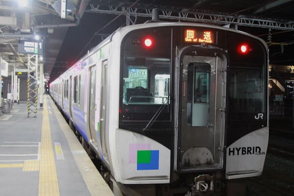 小牛田駅での電車の画像