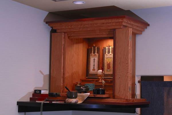 あみたBARの仏壇の画像