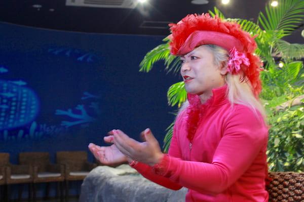 仙台ローリーのインタビュー中の画像
