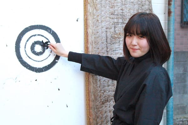 shurikenチャレンジ中のモデルの画像