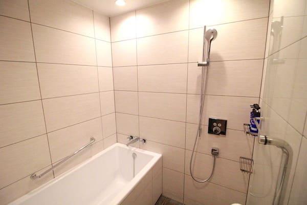 エグゼクティブツインの風呂場の画像