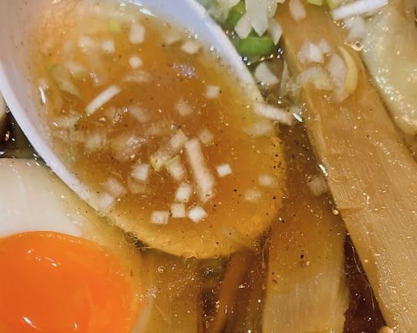 長町ラーメンのスープの画像
