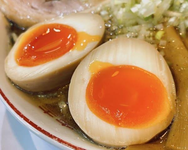 仙台にある長町ラーメンの煮卵の画像