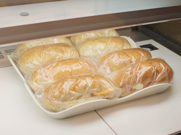 柴田パンの焼きたてコッペパンの画像