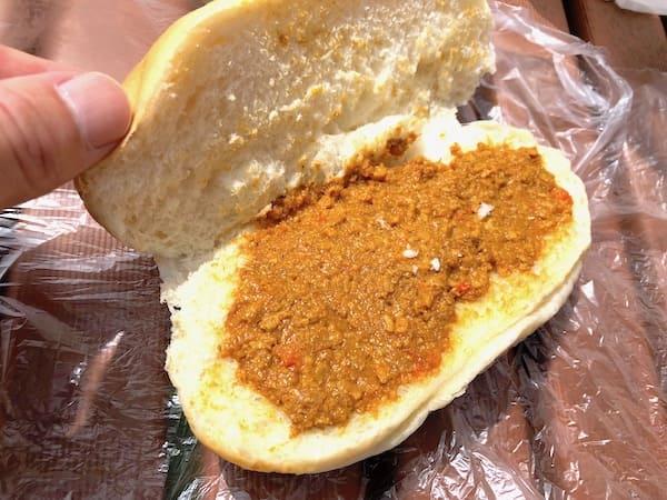 柴田パンのカレーコッペパンの画像