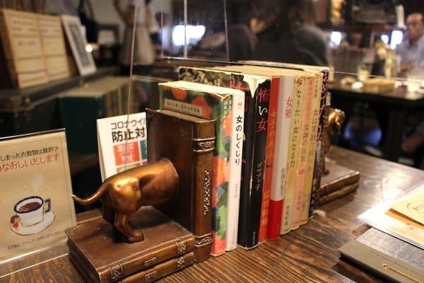 仙台の人気ブックカフェの画像