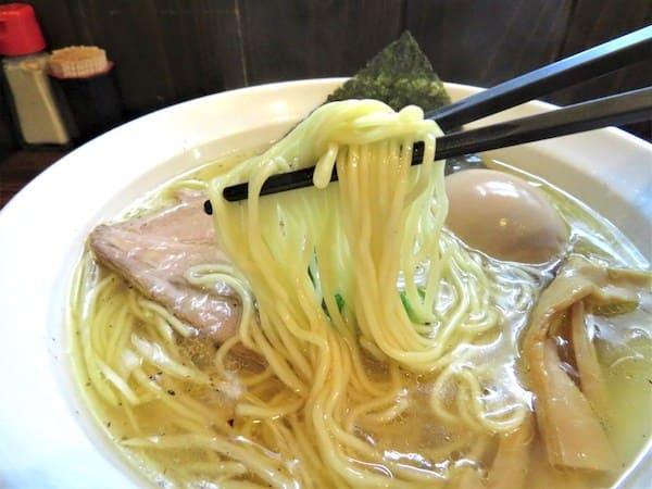 中華そば一休の麺の画像