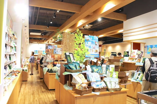 お茶の井ケ田中央本店の店内画像