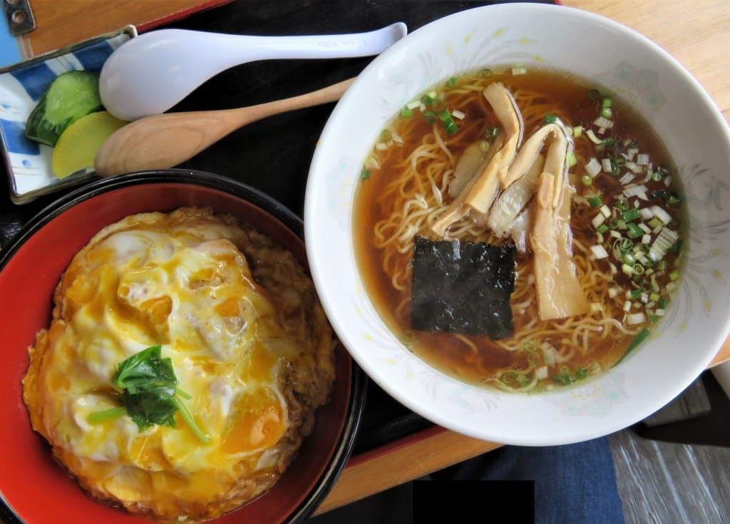 仙台の人気カツ丼店